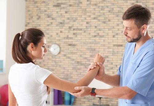 Травма локтя и физиотерапия