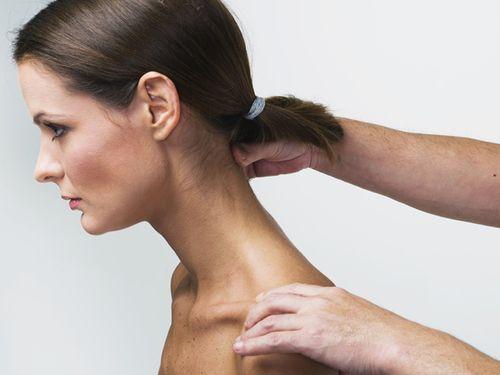 Виды и симптомы подвывиха шейного позвонка