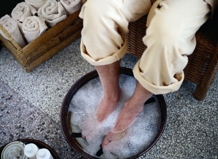 Применение борной кислоты для ванночек от потливости ног