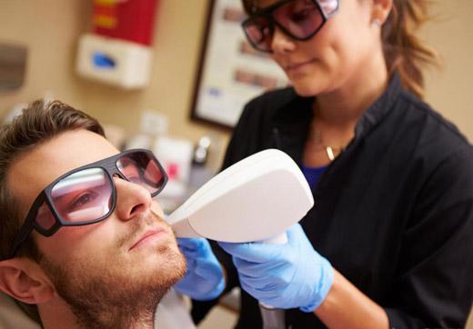 косметический метод удаления рубцов на лице