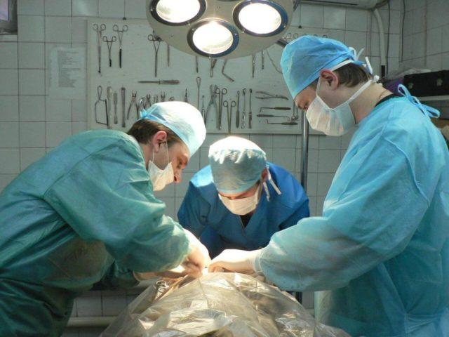 Такая операция имеет достаточно серьезные последствия, приводящие даже к инвалидности