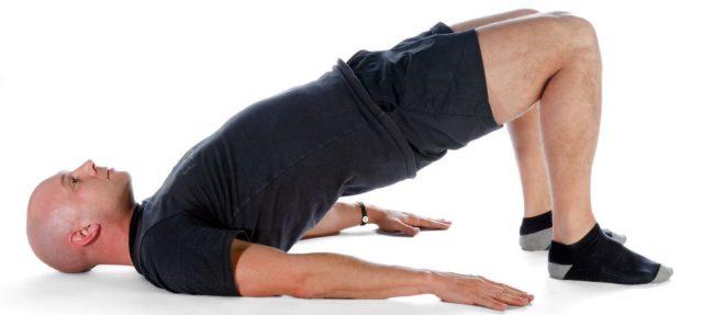 Рекомендуется полностью исключить силовые упражнения на область малого таза