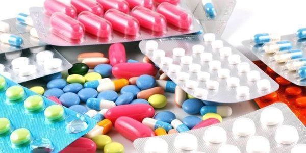 Как лечить частые запоры с помощью медикаментов?