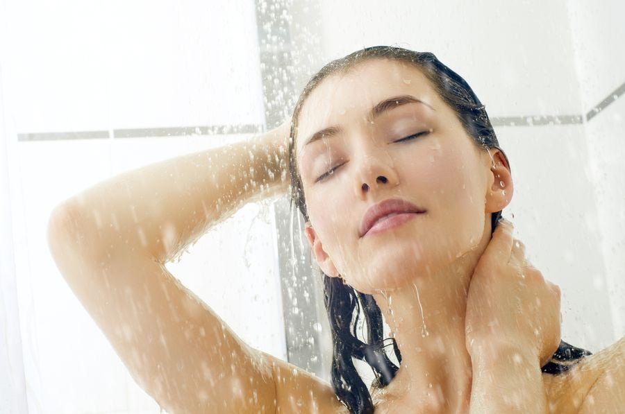 Водные процедуры для снижения потливости