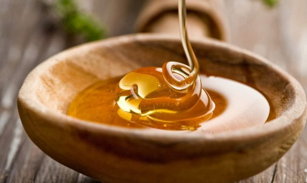 можно ли мед при температуре ребенку