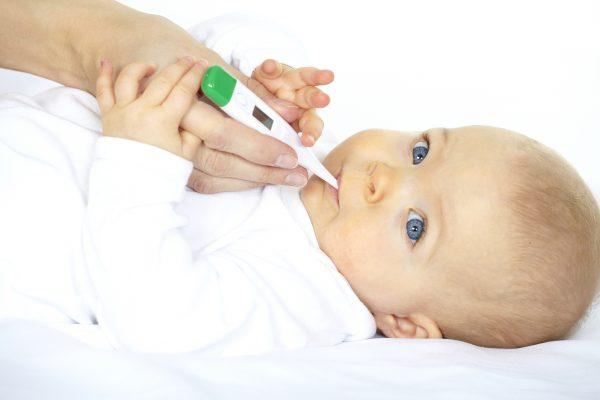 у ребенка 11 месяцев температура